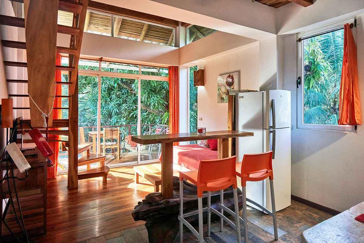 Principe del Pacifico Duplex Apartment with Terrace - Red Apartment
